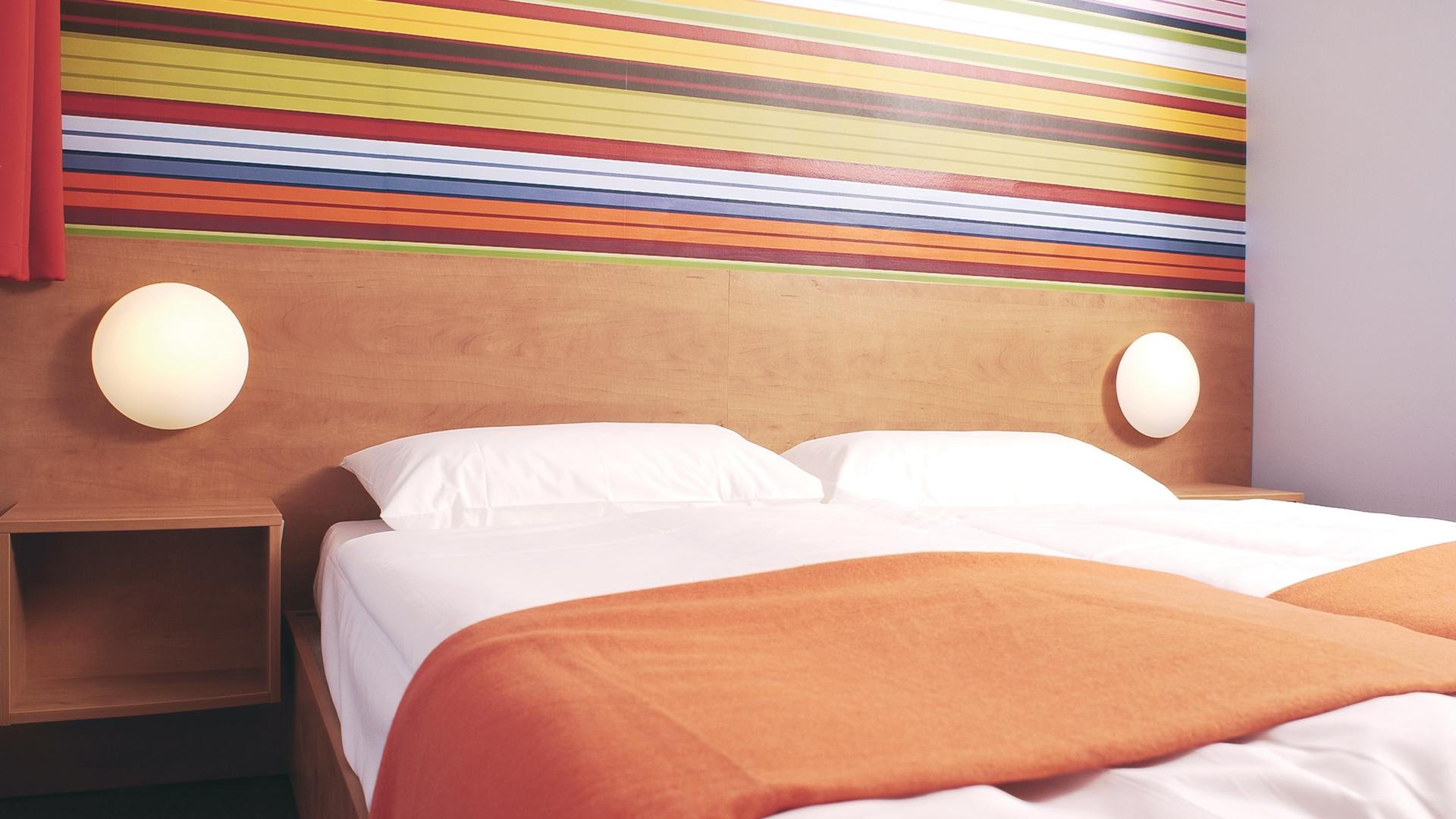 is kollektion ari gmbh lampenschirme kleinhandel hemer deutschland tel 02372557. Black Bedroom Furniture Sets. Home Design Ideas